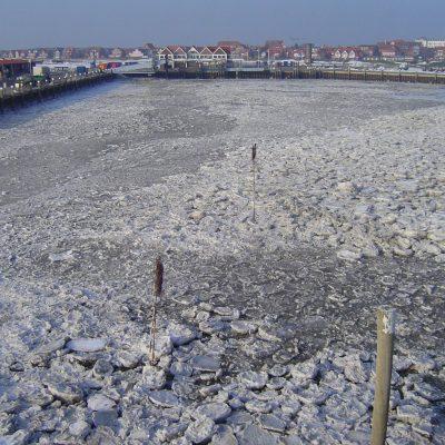 Juister Inselhafen im Winter