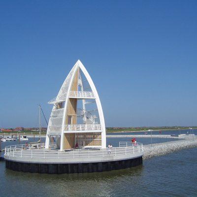 Seezeichen mit Seepromenade